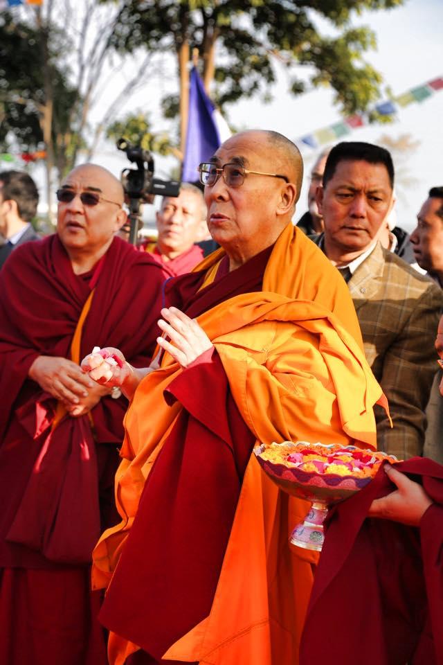 HH blesses Shechen's Stupa in Sankassa