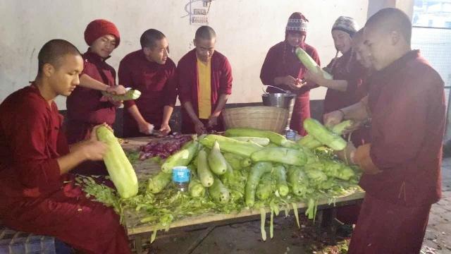 Nyingma Monlam preparations