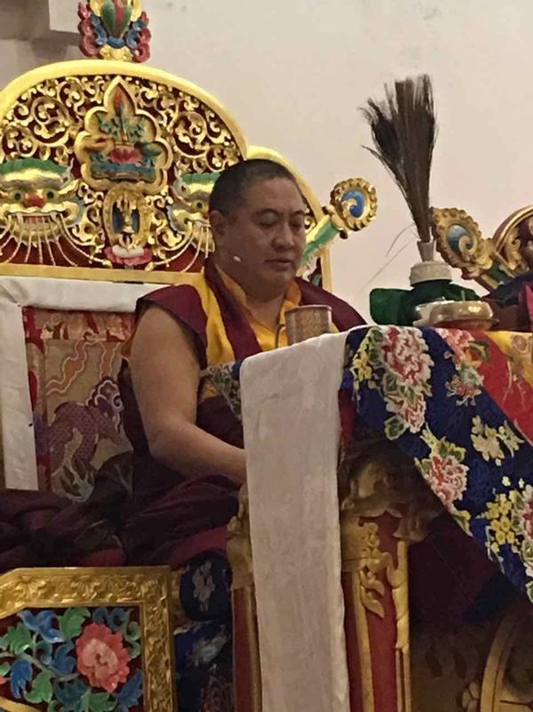 Rabjam Rinpoche giving empowerment